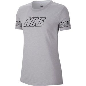 NIKE Women's Dri-Fit Training T-Shirt